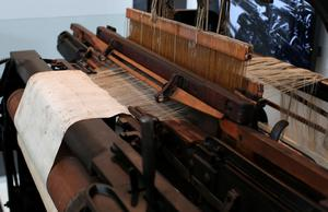Loom: Late 19th century loom from Belfast factory William Adams & Company Ltd, Donegall Road, Belfast - manufacturers of linen products