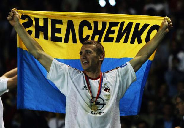 Andrei Shevchenko of Milan celebrates after scoring the winning penalty after the UEFA Champions League Final match between Juventus FC and AC Milan on May 28, 2003 at Old Trafford