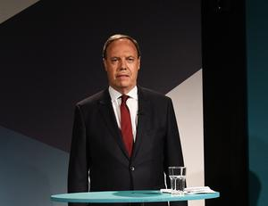 Pacemaker Press 5/6/17 Nigel Dodds (Deputy Leader of DUP) during  A television debate from the five main parties which was recorded at UTV in Belfast. Pic Pacemaker