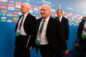 COSTA DO SAUIPE, BRAZIL - DECEMBER 06:  England manager Roy Hodgson arrives with FA Chairman Greg Dyke for the Final Draw for the 2014 FIFA World Cup Brazil at Costa do Sauipe Resort on December 6, 2013 in Costa do Sauipe, Bahia, Brazil.  (Photo by Buda Mendes/Getty Images)