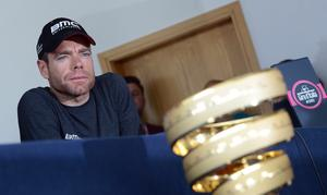 Pacemaker Press Belfast 07-05-2014: Northern Ireland will host the opening stages of the Giro dItalia in 2014, welcoming 200 of the world's top cyclists. Top rider Cadel Evans pictured during a press conference at the  Belfast Waterfront.  Picture By: Arthur Allison.
