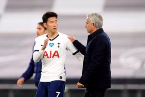 Spurs manager Jose Mourinho (right) and Son Heung-min celebrate the win (Adam Davy/NMC Pool)