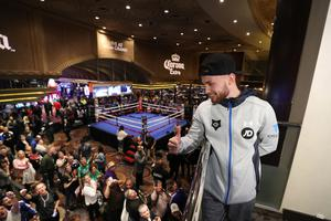 Carl Frampton during his public training session at the MGM Grand Hotel and Casino, Las Vegas. Carl will fight Leo Santa Cruz in a rematch for the WBA featherweight title at the MGM Garden Arena.   Photo William Cherry/Presseye