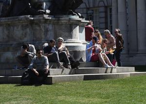 Pacemaker Press 7/5/2017 Enjoying the sunshine   at Belfast City Hall , during the warm weather across Northern Ireland on Sunday. Pic Colm Lenaghan/Pacemaker