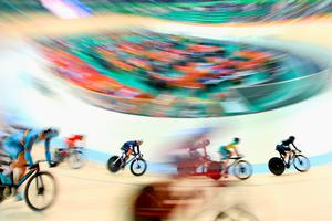 RIO DE JANEIRO, BRAZIL - AUGUST 15:  Riders compete in the Women's Omnium Scratch Race 1\6 on Day 10 of the Rio 2016 Olympic Games at the Rio Olympic Velodrome on August 15, 2016 in Rio de Janeiro, Brazil.  (Photo by David Ramos/Getty Images)