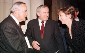 """File Pics Albert Reynolds Has Died. OLIVIA O LEARY (R), CO-AUTHOR OF """"MARY ROBINSON - THE AUTHORISED BIOGRAPHY' WITH FORMER TAOISEACH, ALBERT REYNOLDS AND AN TAOISEACH, BERTIE AHERN, T.D. AT THE BOOKS LAUNCH IN THE NATIONAL MUSEUM IN DUBLIN. 5/11/1998 PIC PHOTOCALL IRELAND"""