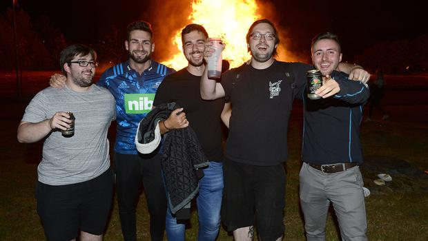 Pacemaker Press Belfast 11-07-2018:  People pictured enjoying the  Kilcooley bonfire in Bangor  Co Down, Northern Ireland. Bonfires are traditionally lit in many loyalist areas of Northern Ireland on the Eleventh Night - the eve of the Twelfth of July. Picture By: Arthur Allison.