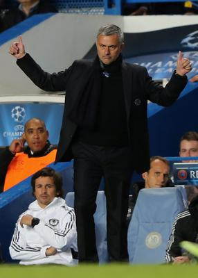 LONDON, ENGLAND - SEPTEMBER 18:  Manager Jose Mourinho of Chelsea gestures on the touchline  during the UEFA Champions League Group E Match between Chelsea and FC Basel at Stamford Bridge on September 18, 2013 in London, England.  (Photo by Ian Walton/Getty Images)