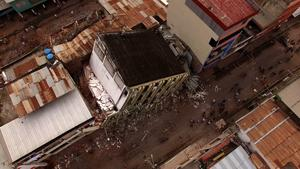 Aeril view taken by a drone after a 7.8-magnitude quake in Portoviejo, Ecuador on April 17, 2016.  At least 235 people were killed when a powerful earthquake struck Ecuador, destroying buildings and a bridge and sending terrified residents scrambling from their homes, authorities said Sunday. / AFP PHOTO/AFP/Getty Images