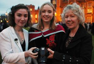 Mandatory Credit - Picture by Freddie Parkinson/Press Eye © Thursday 8th December 2016 Graduations take place at Queens University in Belfast. Mary Kate Kilbane from Mullingar with her sister Grace and Mum Jacqui.