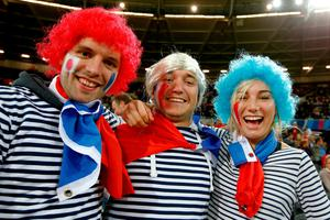 LONDON, ENGLAND - SEPTEMBER 23:  France fans enjoy the pre match atmosphere prior to kickoff during the 2015 Rugby World Cup Pool D match between France and Romania at the Olympic Stadium on September 23, 2015 in London, United Kingdom.  (Photo by Mike Hewitt/Getty Images)
