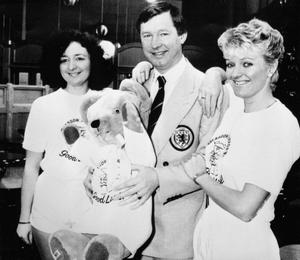 File photo dated 14/05/1986 of Scotland manager Alex Ferguson wished bon voyage by Glasgow Airport staff when they presented him with a mascot as he left with the squad for the World Cup in Mexico. PRESS ASSOCITAION Photo. Issue date: Wednesday May 8, 2013. Sir Alex Ferguson will retire at the end of this season, Manchester United have announced. See PA Story SOCCER Man Utd. Photo credit should read: PA Wire.