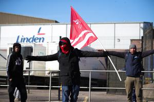 Meat factory workers outside the Linden Foods factory in Dungannon. The employees walked out complaining that there were not adequate social distancing measures in place on Friday, 27th March 2020 - Photo by Kelvin Boyes / Press Eye.