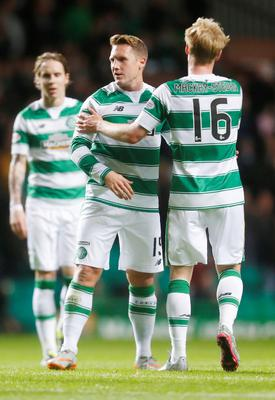 Celtic's Kris Commons (centre) celebrates scoring his side's first goal of the game with teammate Gary Mackay-Steven (right) during the third round of the Scottish Communities League Cup at Celtic Park, Glasgow. PRESS ASSOCIATION Photo. Picture date: Wednesday September 23, 2015. See PA story SOCCER Celtic. Photo credit should read: Danny Lawson/PA Wire. EDITORIAL USE ONLY