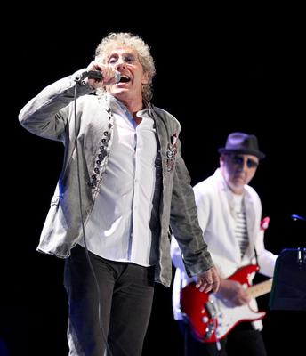 10.06.13. PICTURE BY DAVID FITZGERALD Roger Daltrey and Pete Townsend of The Who performing in the Odyssey Arena, Belfast last night