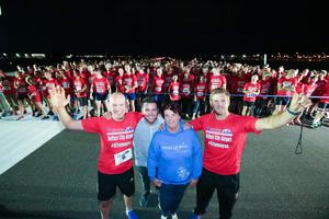 GRANT THORNTON RUNWAY RUN SCALES NEW HEIGHTS Richard Gillan, Managing Partner of Grant Thornton in Northern Ireland, Pete Snodden, Chris Henry, Ulster Rugby star and event ambassador, and Gail McKee of charity partner Make-A-Wish Foundation join runners at the starting line at last nightÕs Grant Thornton Runway Run at Belfast City Airport. The hugely-popular event attracted a record number of runners as 600 local businessmen and women took part in the 5k run on the tarmac of the airport. Teams of four from organisations across a wide range of sectors came together for the third year of the leading business advisory firmÕs event.