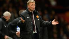 MANCHESTER, ENGLAND - DECEMBER 04:  Manchester United Manager David Moyes reacts during the Barclays Premier League match between Manchester United and Everton at Old Trafford on December 4, 2013 in Manchester, England.  (Photo by Michael Regan/Getty Images)