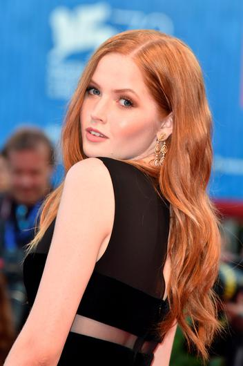 VENICE, ITALY - SEPTEMBER 02:  Ellie Bamber attends the premiere of 'Nocturnal Animals' during the 73rd Venice Film Festival at Sala Grande on September 2, 2016 in Venice, Italy.  (Photo by Pascal Le Segretain/Getty Images)