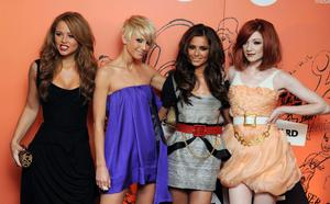 Girls Aloud arrive at the Music Industry Trusts' Award 2008 at the Grosvenor Hotel, Park Lane in central London. PRESS ASSOCIATION Photo. Picture date: Monday 3rd November 2008. Photo credit should read: Ian West/PA Wire