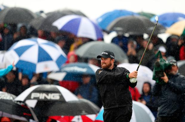 Shane Lowry opened up with a level par front nine to close in on his first major title at the Open Championship.
