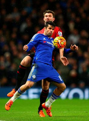 LONDON, ENGLAND - JANUARY 13: Diego Costa of Chelsea controls the ball during the Barclays Premier League match between Chelsea and West Bromwich Albion at Stamford Bridge on January 13, 2016 in London, England.  (Photo by Clive Mason/Getty Images)