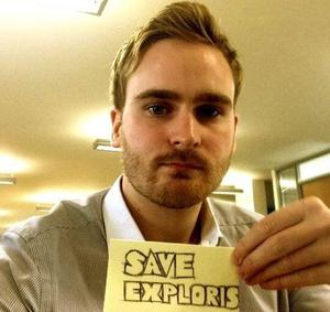 Save Exploris campaigners: D Max Sutton, Coney Island man in London. Image source: Twitter
