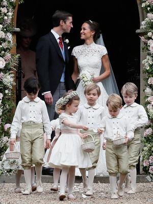 Pippa Middleton and her husband James Matthews leave St Mark's church in Englefield, Berkshire, following their wedding. PRESS ASSOCIATION Photo. Picture date: Saturday May 20, 2017. See PA story ROYAL Pippa. Photo credit should read: Kirsty Wigglesworth/PA Wire