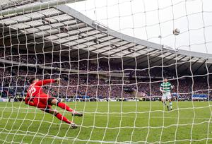 Celtic's Tom Rogic misses his penalty during the William Hill Scottish Cup semi-final match at Hampden Park, Glasgow. PRESS ASSOCIATION Photo. Picture date: Sunday April 17, 2016. See PA story SOCCER Rangers. Photo credit should read: Jeff Holmes/PA Wire. EDITORIAL USE ONLY