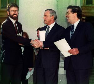PACEMAKER BELFAST 12/01/98 Gerry Adams, John Hume and Albert Reynolds historic meeting at Government Building in Dublin 06/09/94