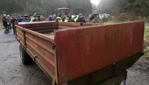 The entrance to Woodburn Forest near Carrickfergus is being blocked by protesters and a trailer has been used to block access to it. Photograph By Declan Roughan Press Eye