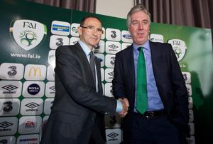 DUBLIN, IRELAND - NOVEMBER 09: Newly appointed Republic of Ireland manager Martin O'Neill shakes hands with John Delaney, Chief Executive of the FAI during a press conference at Gibson Hotel on November 09, 2013 in Dublin, Ireland. (Photo by Patrick Bolger/Getty Images)