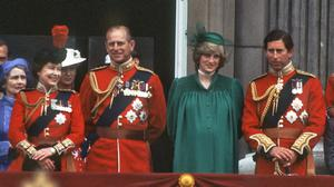 LONDON, ENGLAND - JUNE 12:  A pregnant Diana, Princess of Wales with Charles, Prince of Wales, Queen Elizabeth ll and Prince Philip, Duke of Edinburgh on the balcony of Buckingham Palace following the Trooping the Colour ceremony on June 12, 1982 in London, England. (photo by Anwar Hussein/Getty Images)