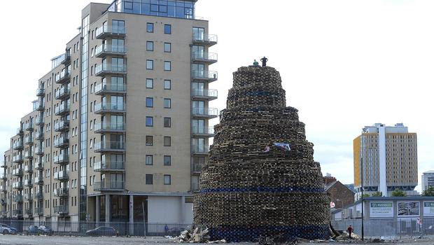 Pacemaker Press Belfast 11-07-2017:  Final preparations takes place for the Bonfire on Sandy Row in Belfast .The bonfires will be lit in loyalist areas as part of Eleventh Night celebrations on Tuesday night. Picture By: Arthur Allison.