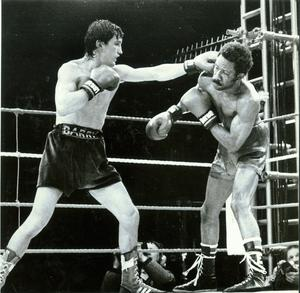 Barry McGuigan:Boxing, against Eusebro Pedroza at QPR football grounds. 8/6/1985.