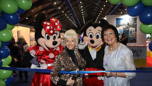 Debbie Mc Gee opens the Belfast Telegraph World Travel Show along with Mourneen Ledwith Sales Director Holiday World Show at the TEC centre for the Belfast Telegraph Holiday World Show.  Photo by Peter Morrison