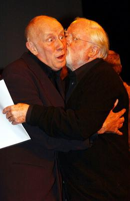 File photo dated 10/02/02 of Richard Attenborough (right) embracing actor Richard Wilson as Lord Attenborough has died aged 90, the BBC reported tonight. PRESS ASSOCIATION Photo. Issue date: Sunday August 24, 2014. See PA story DEATH Attenborough. Photo credit should read: Andy Butterton/PA Wire
