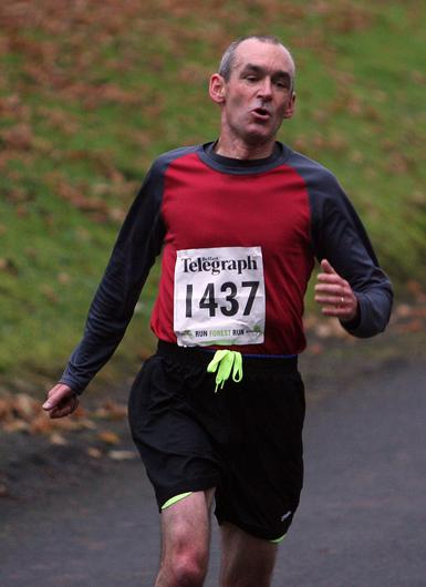 Mandatory Credit - Picture by Freddie Parkinson/Press Eye © Saturday 3rd December 2016 Belfast Telegraph Run Forest Run Loughgall. Loughgall Country Park, 11-14 Main Street, Loughgall, Armagh.  martin lundy 10K stockport
