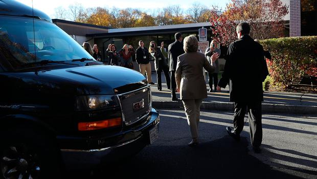 CHAPPAQUA, NY - NOVEMBER 08:  Democratic presidential nominee former Secretary of State Hillary Clinton greets supporters after voting at Douglas Grafflin Elementary School on November 8, 2016 in Chappaqua, New York. Hillary Clinton cast her ballot in the presidential election as the rest of America goes to the polls to decide between her and Republican presidential candidate Donald Trump.  (Photo by Justin Sullivan/Getty Images)