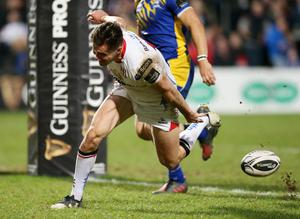 Try for Ulster's Jacob Stockdale (Picture by Darren Kidd / Press Eye)