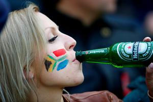 LONDON, ENGLAND - OCTOBER 07:  A South African fan enjoys a drink during the 2015 Rugby World Cup Pool B match between South Africa and USA at the Olympic Stadium on October 7, 2015 in London, United Kingdom.  (Photo by Mike Hewitt/Getty Images)