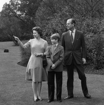File photo dated 21/04/1976 of Queen Elizabeth II on her 50th birthday with Prince Philip and their youngest son Prince Edward, 12, in the grounds of Windsor Castle as the Queen turns 90 on the April 21st. PRESS ASSOCIATION Photo. Issue date: Sunday April 3, 2016. See PA story ROYAL Birthday. Photo credit should read: PA Wire