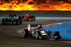 BAHRAIN, BAHRAIN - APRIL 19:  Lewis Hamilton of Great Britain and Mercedes GP drives during the Bahrain Formula One Grand Prix at Bahrain International Circuit on April 19, 2015 in Bahrain, Bahrain.  (Photo by Mark Thompson/Getty Images) ***BESTPIX***