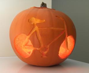 Janos sent in his bike-themed pumpkin carving.