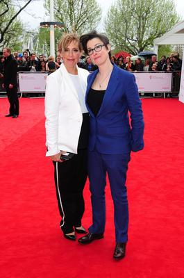 Mel Giedroyc (left) and Sue Perkins   arriving for the 2013 Arqiva British Academy Television Awards at the Royal Festival Hall, London. PRESS ASSOCIATION Photo. Picture date: Sunday May 12, 2013. See PA story SHOWBIZ Bafta. Photo credit should read: Ian West/PA Wire