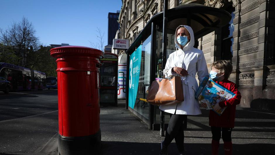 General view of shoppers in Belfast city centre this morning as members of the public begin to wear face masks in response to Covid-19. Photo by Kelvin Boyes  / Press Eye.
