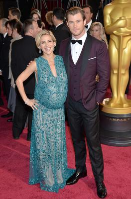 Model Elsa Pataky and actor Chris Hemsworth attend the Oscars held at Hollywood & Highland Center in 2014 in Hollywood, California. (Michael Buckner/Getty Images)