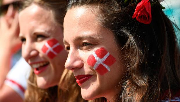 Denmark fans await the Russia 2018 World Cup Group C football match between Denmark and France at the Luzhniki Stadium in Moscow on June 26, 2018.