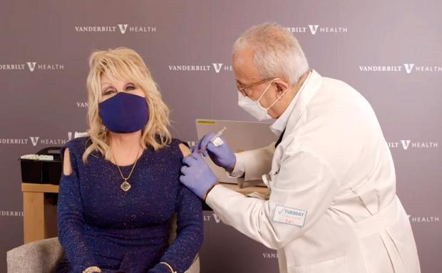 Dolly Parton getting her COVID vaccine