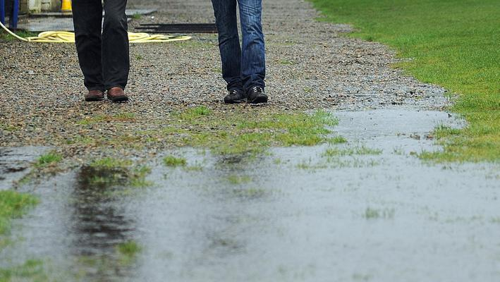 Tonight's Danske Bank Premiership fixture list is once again threatened by a weather warning.