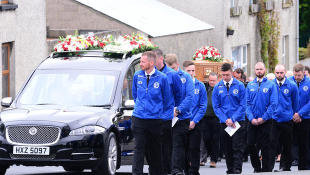 """Pacemaker Press Belfast 14-05-2018:  The funeral of a talented footballer Niall O'Hanlon described as someone who """"made such a positive impact on so many people's lives"""" who died suddenly as result of a accident, took place on Tuesday at the Church of Ss Patrick and Ronan's, Magheralin and Interment afterwards in St Colman's Cemetery Lurgan. Picture By: Arthur Allison/Pacemaker."""